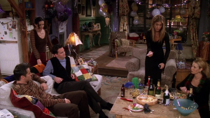 """Moet Champagne in Friends Season 5 Episode 11 """"The One With All the Resolutions"""" (1999) TV Show Product Placement"""