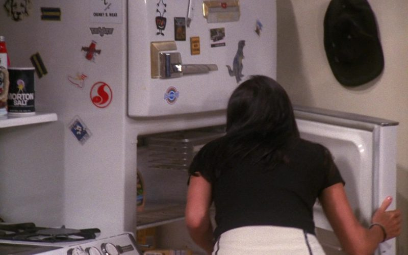 Morton Salt in Friends Season 7 Episode 19