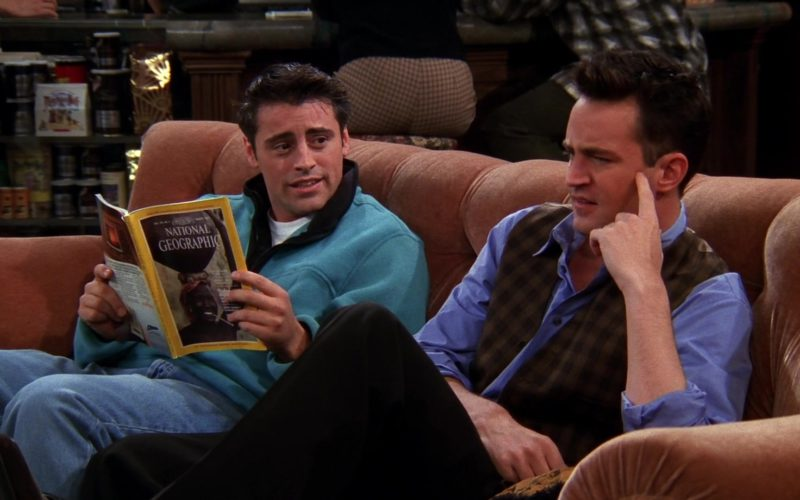 National Geographic Magazine Held by Matt LeBlanc (Joey Tribbiani) in Friends Season 5 Episode 7 (1)