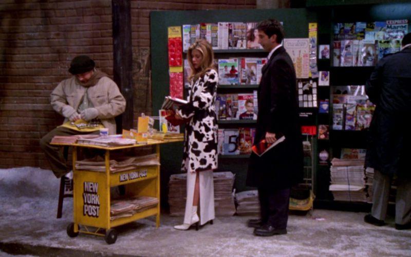 New York Post in Friends Season 6 Episode 15 (1)