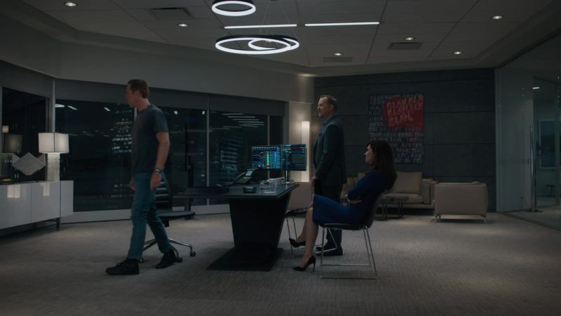 Nike Sneakers (Black) Worn by Damian Lewis (Bobby Axelrod) in Billions Season 4 Episode 1: Chucky Rhoades's Greatest Game (2019) TV Show Product Placement