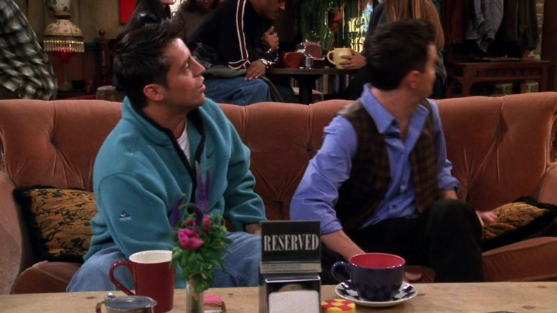"Nike Sweatshirt Worn by Matt LeBlanc (Joey Tribbiani) in Friends Season 5 Episode 7 ""The One Where Ross Moves In"" (1998) TV Show Product Placement"