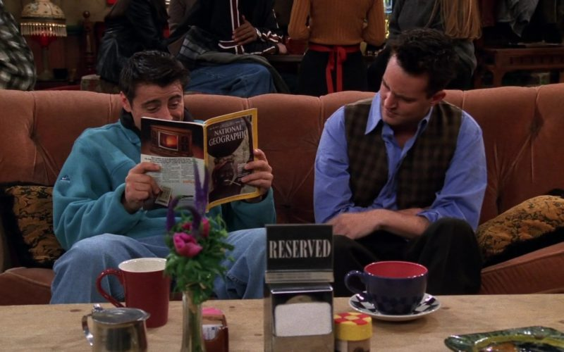 Nike Sweatshirt and National Geographic Magazine Held by Matt LeBlanc (Joey Tribbiani) in Friends Season 5 Episode 7 (1)