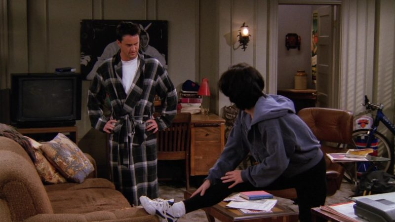 """Nike Women's Sneakers Worn by Courteney Cox (Monica Geller) in Friends Season 2 Episode 7 """"The One Where Ross Finds Out"""" (1995) TV Show Product Placement"""