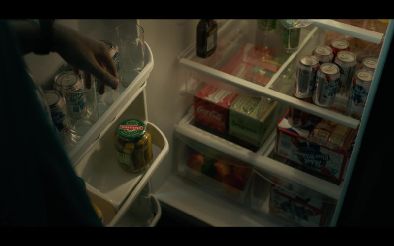 Pabst Blue Ribbon Beer, Coca-Cola, Seagram's Gin, Claussen Pickles in Triple Frontier