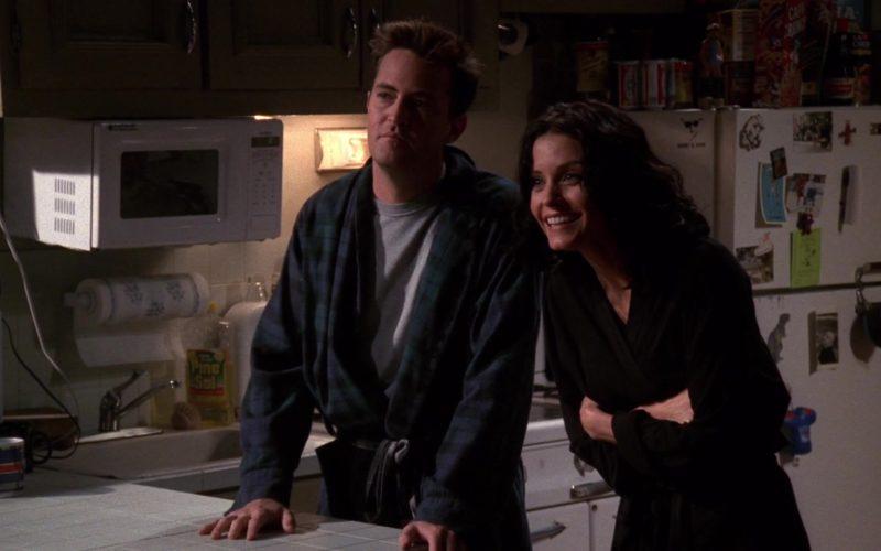 Pine-Sol in Friends Season 5 Episode 5