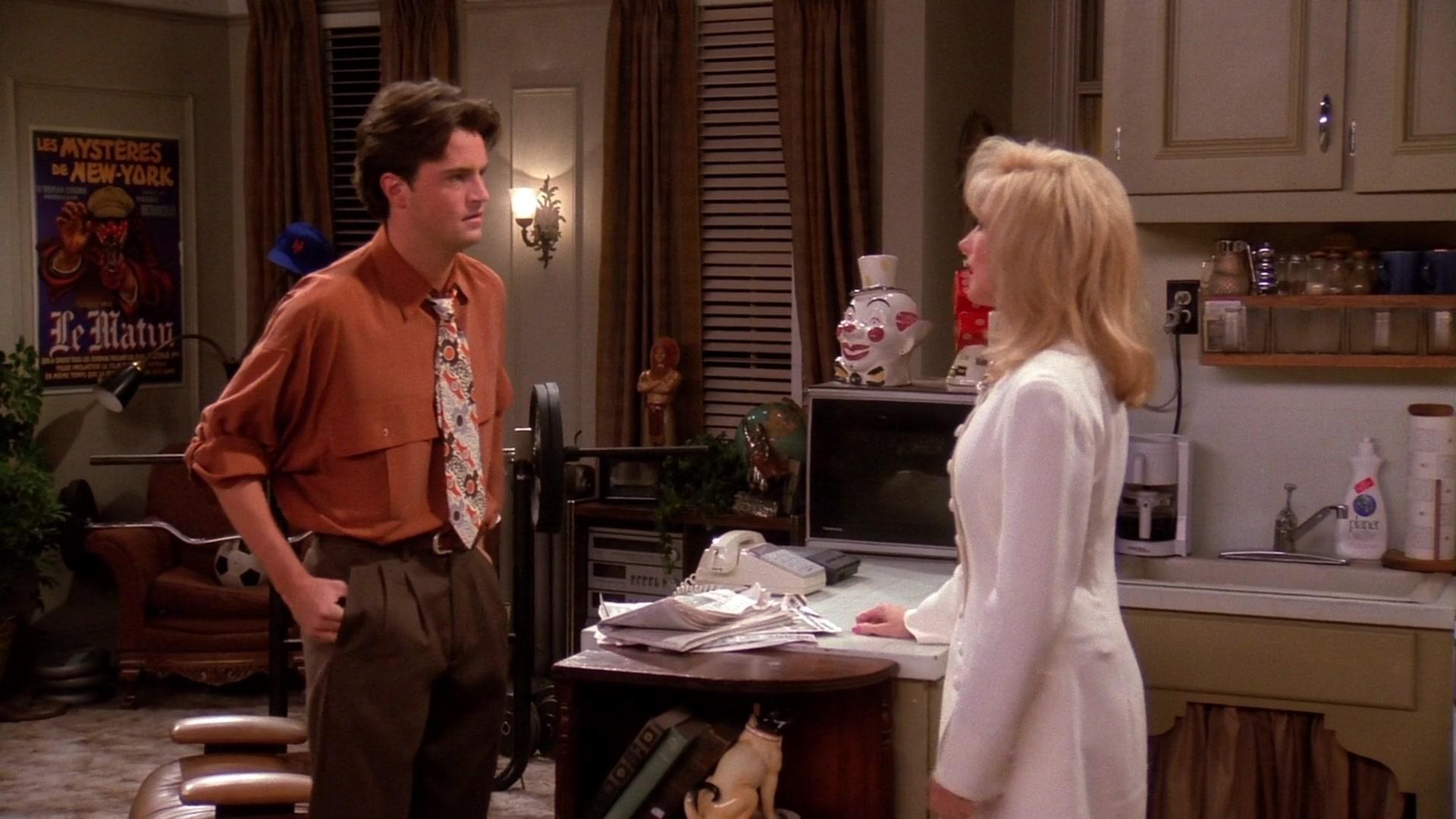 Planet Dishwashing Liquid in Friends Season 1 Episode 11