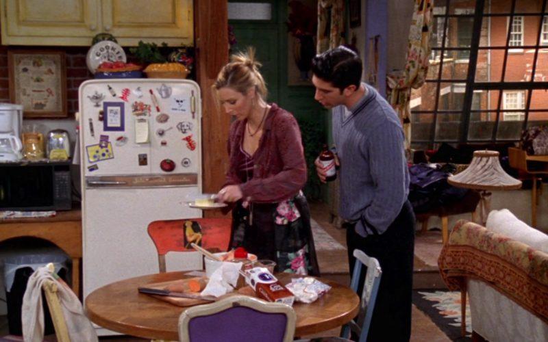 Red Stripe Beer Drunk by David Schwimmer (Ross Geller) in Friends Season 4 Episode 12 (1)