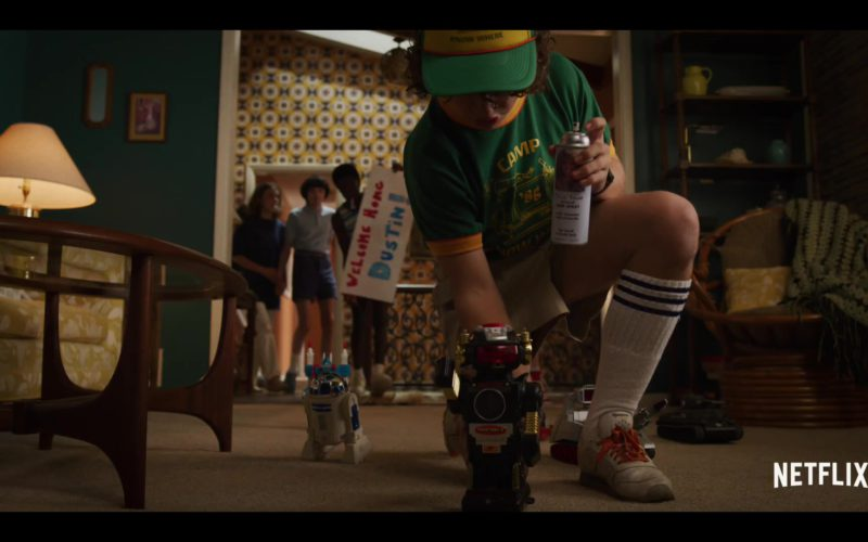 Reebok Sneakers Worn by Gaten Matarazzo (Dustin) in Stranger Things Season 3 (2)