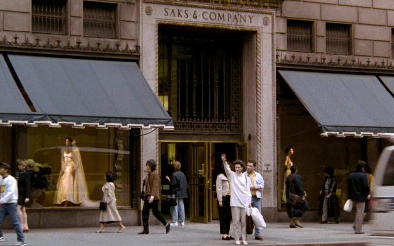 Saks & Company in Friends Season 2 Episode 1 (2)