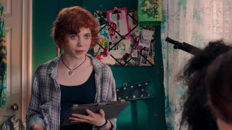 Samsung Tablet (Galaxy Model) Used by Sophia Lillis in Nancy Drew and the Hidden Staircase (2019) - Movie Product Placement