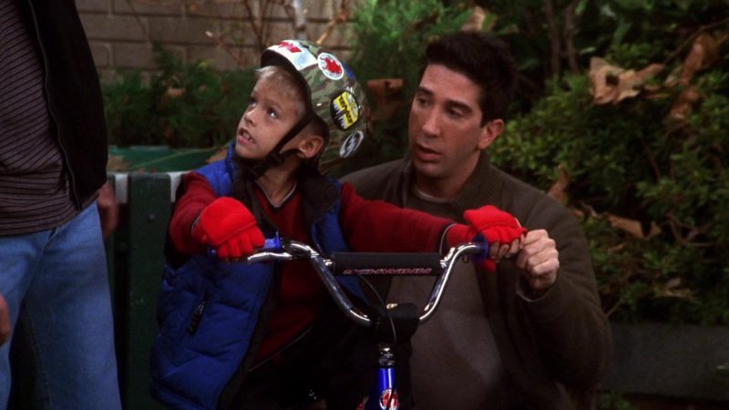 """Schwinn Bicycle Used by Cole Sprouse (Ben Geller) in Friends Season 7 Episode 9 """"The One with All the Candy"""" (2000) - TV Show Product Placement"""