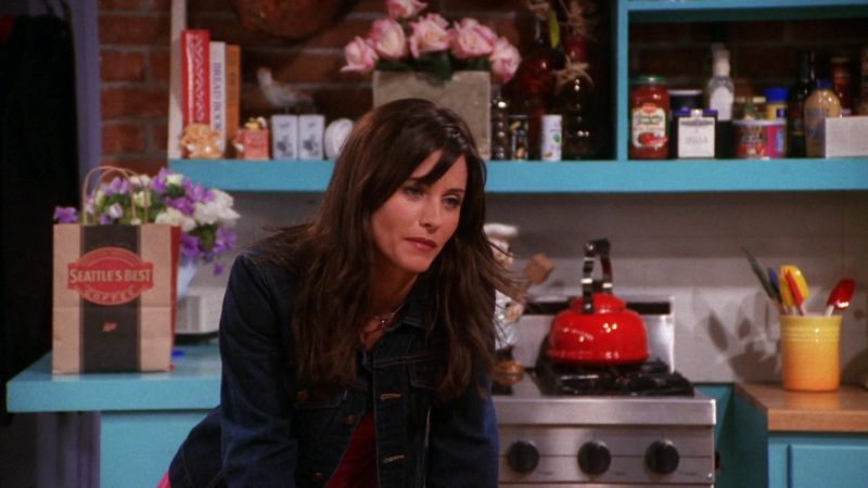 """Seattle's Best Coffee Paper Bag in Friends Season 7 Episode 2 """"The One With Rachel's Book"""" (2000) - TV Show Product Placement"""