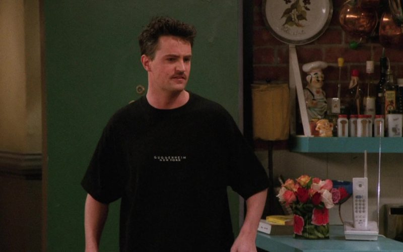 Solomon R. Guggenheim Museum T-Shirt Worn by Matthew Perry (Chandler Bing) in Friends Season 2 Episode 20