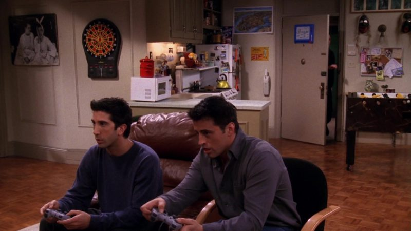 """Sony PlayStation Console and Zenith TV Used by David Schwimmer (Ross Geller), Matt LeBlanc (Joey Tribbiani) & Matthew Perry (Chandler Bing) in Friends Season 6 Episode 9 """"The One Where Ross Got High"""" (1999) TV Show Product Placement"""