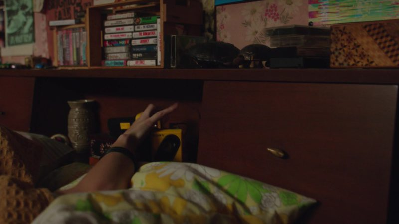 Sony Walkman Yellow Cassette Player in Bumblebee (2018) Movie Product Placement