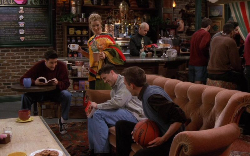 Spalding Basketball Held by Matthew Perry (Chandler Bing) in Friends Season 3 Episode 13