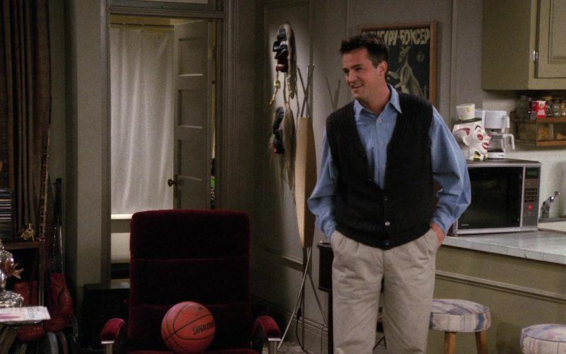 Spalding Basketball in Friends Season 2 Episode 14