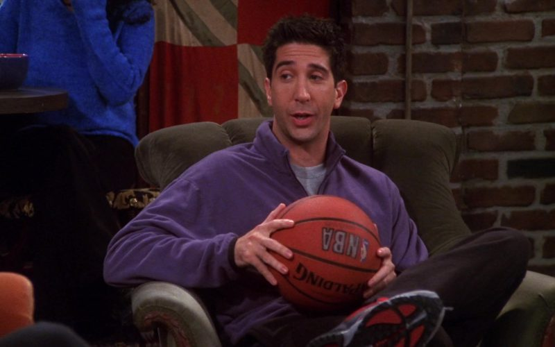 Spalding NBA Basketball Held by David Schwimmer (Ross Geller) in Friends Season 7 Episode 5