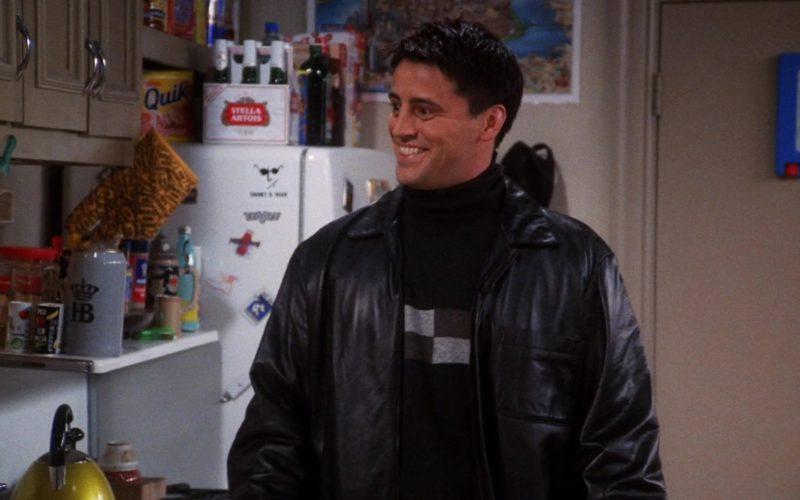 Stella Artois Beer and Nestle Quik in Friends Season 7 Episode 7 (1)