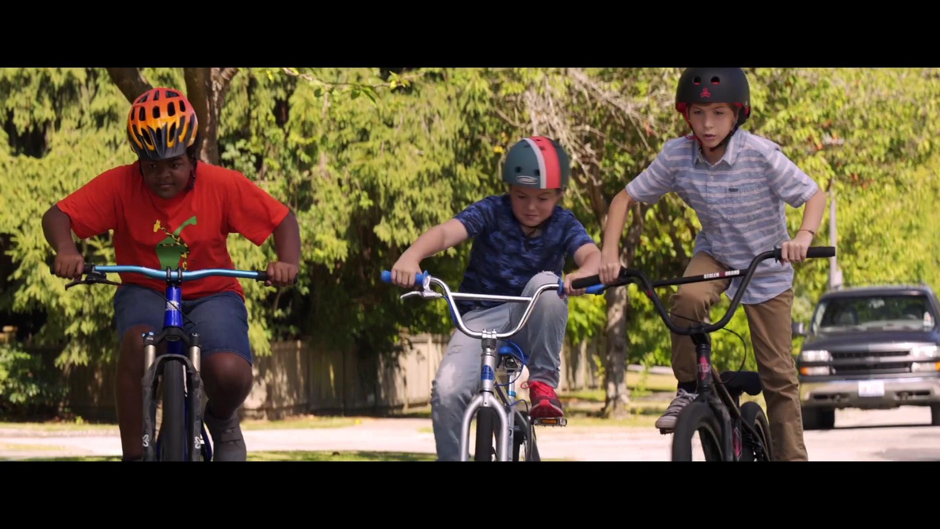 Bell Racing Helmets >> Triple 8 Helmet Worn by Jacob Tremblay in Good Boys (2019 ...