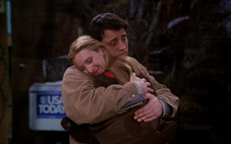 USA Today in Friends Season 7 Episode 11 (3)