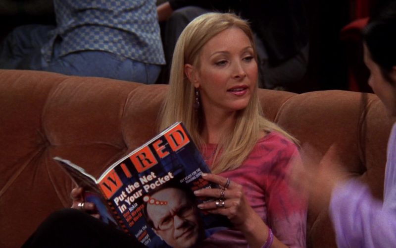 Wired Magazine Readed by Lisa Kudrow (Phoebe Buffay) in Friends Season 6 Episode 2