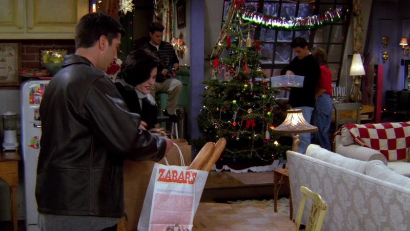 """Zabar's Store Paper Bag Held by David Schwimmer (Ross Geller) in Friends Season 2 Episode 9 """"The One with Phoebe's Dad"""" (1995) TV Show Product Placement"""