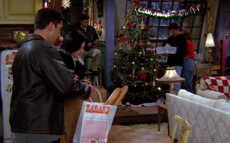 Zabar's Store Paper Bag Held by David Schwimmer (Ross Geller) in Friends Season 2 Episode 9
