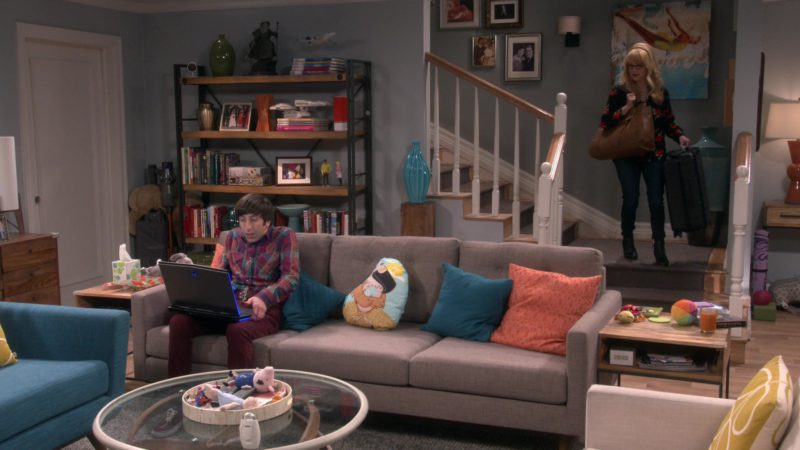 Alienware Laptop Used by Simon Helberg (Howard Wolowitz) in The Big Bang Theory - Season 12, Episode 17, The Conference Valuation (2019) TV Show