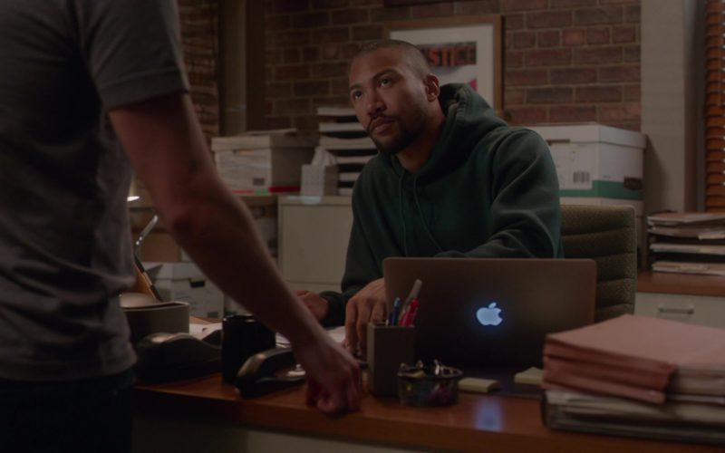 Apple MacBook Laptop Used by Charles Michael Davis in For the People