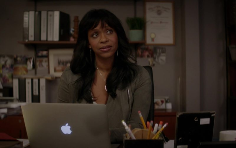Apple MacBook Laptop Used by Merrin Dungey in The Fix (1)