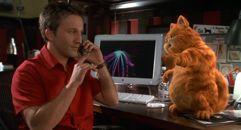 Apple Monitor Used by Breckin Meyer in Garfield (2004) - Movie Product Placement