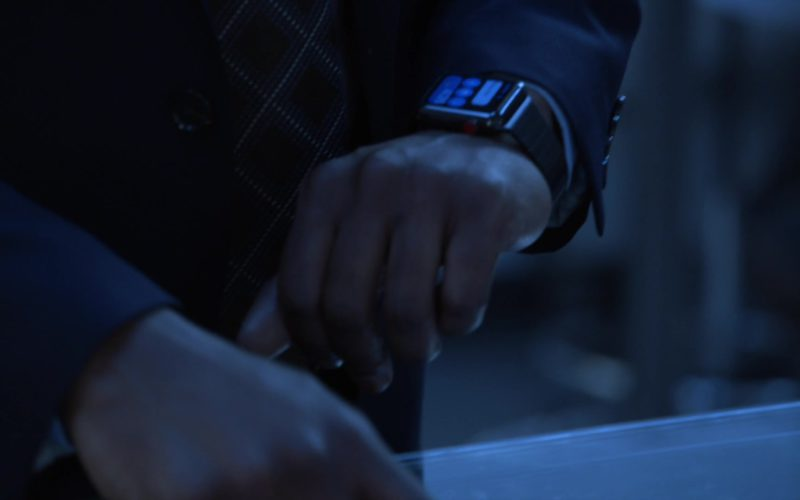 Apple Smartwaches Used by Rob Brown in Blindspot
