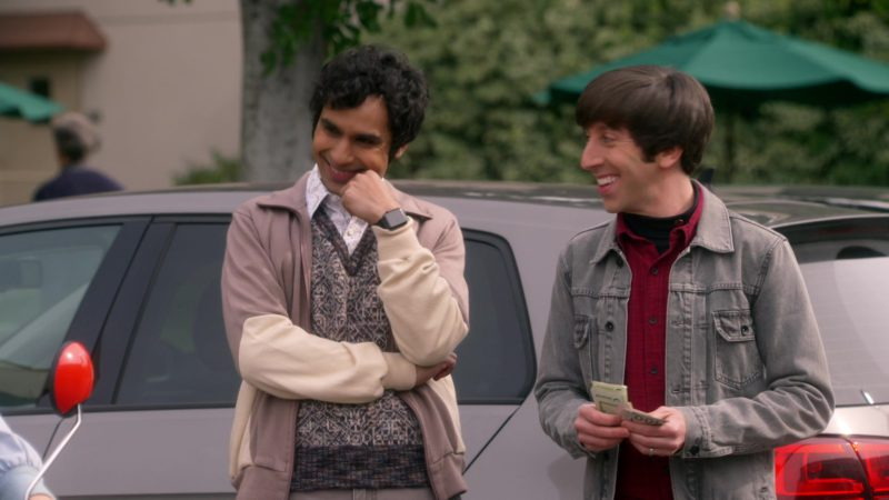 Apple Smartwatches Worn by Kunal Nayyar (Rajesh Ramayan Koothrappali) in The Big Bang Theory - Season 12, Episode 19, The Inspiration Deprivation (2019) - TV Show Product Placement