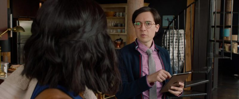 Apple iPad Tablet Used by Josh Brener in What Men Want (2019) - Movie Product Placement
