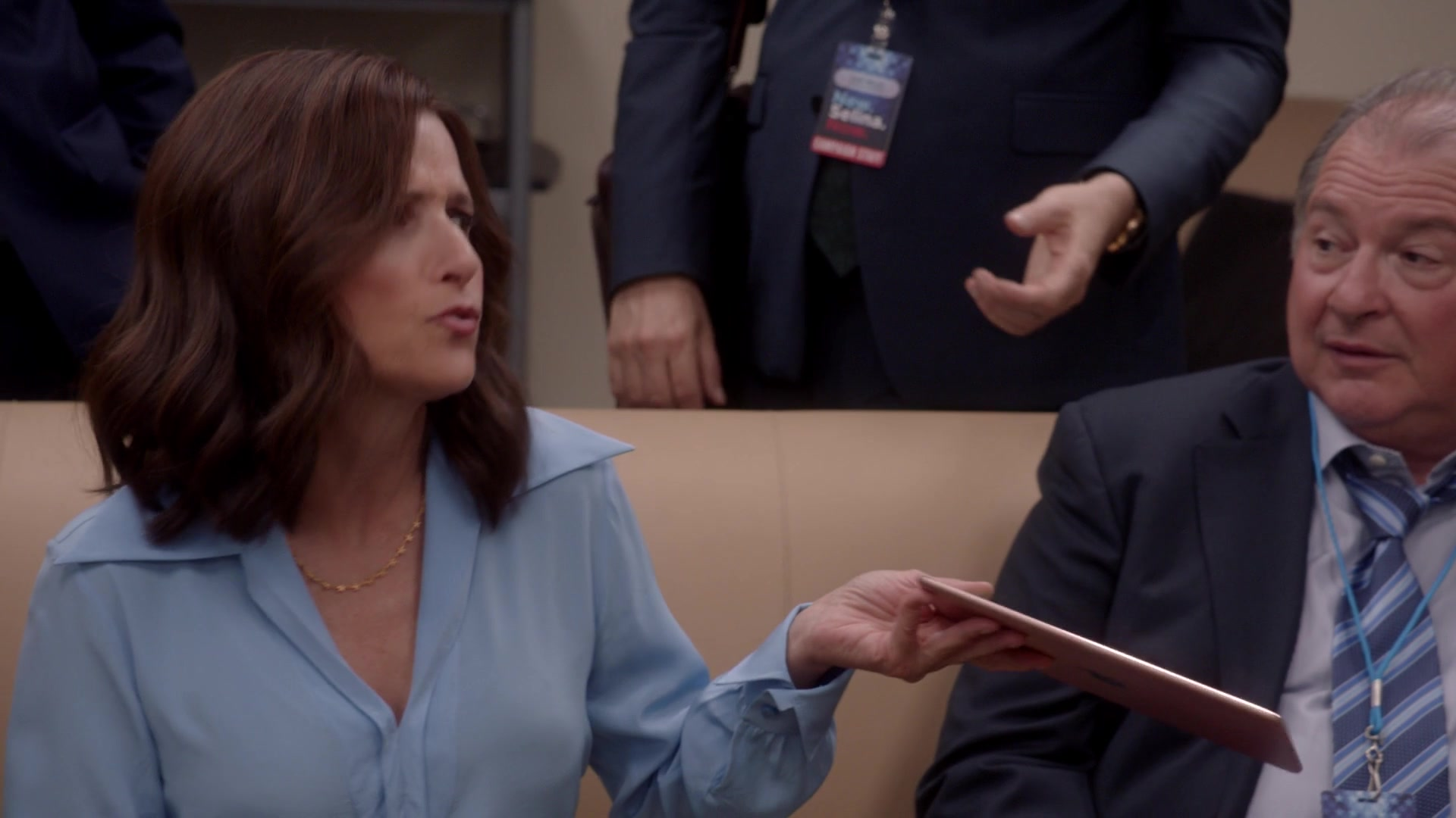 Apple iPad Tablet in Veep - Season 7 Episode 3, Pledge (2019
