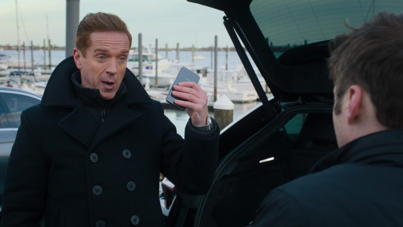 Apple iPhone Smartphone Used by Damian Lewis (Bobby Axelrod) in Billions – Season 4 Episode 5, A Proper Sendoff (2019) TV Show Product Placement