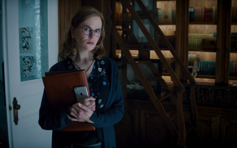 Apple iPhone Smartphone Used by Nicole Kidman in The Upside (1)
