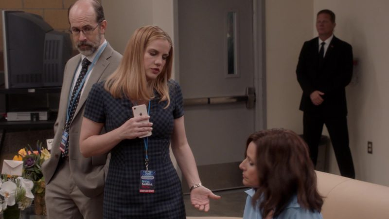 Apple iPhone Used by Anna Chlumsky in Veep - Season 7 Episode 3, Pledge (2019) TV Show