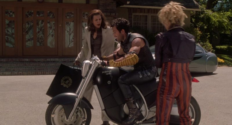 Aprilia Moto Motorcycle in Bicentennial Man (1999) - Movie Product Placement