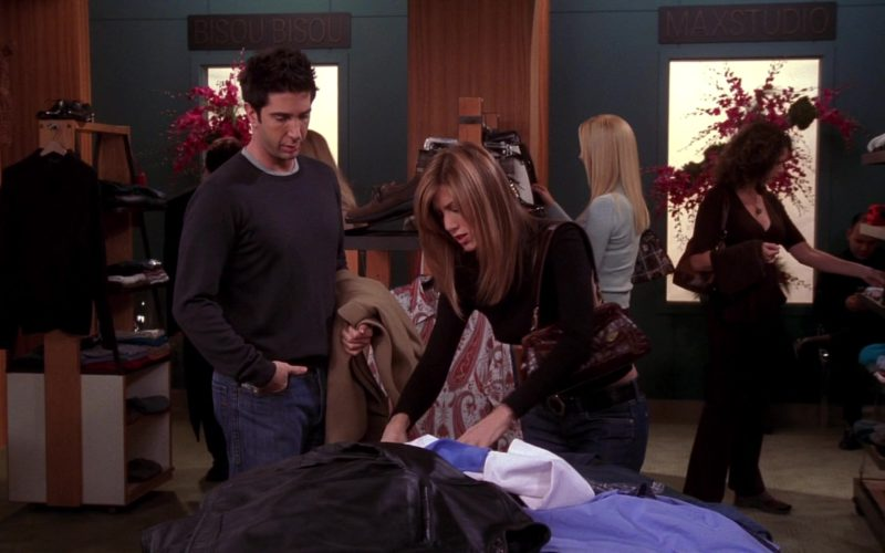 Bisou Bisou and Max Studio Signs in Friends Season 10 Episode 9 (1)