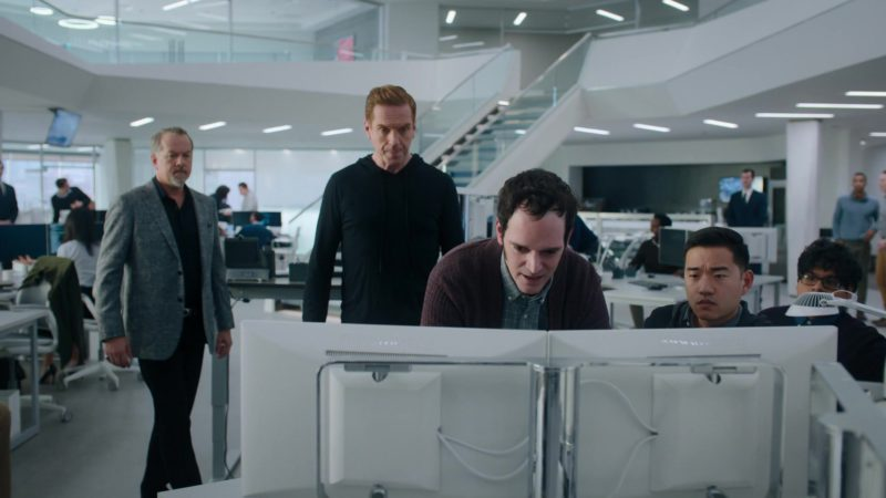 Bloomberg Terminals in Billions – Season 4 Episode 4, Overton Window (2019) - TV Show Product Placement