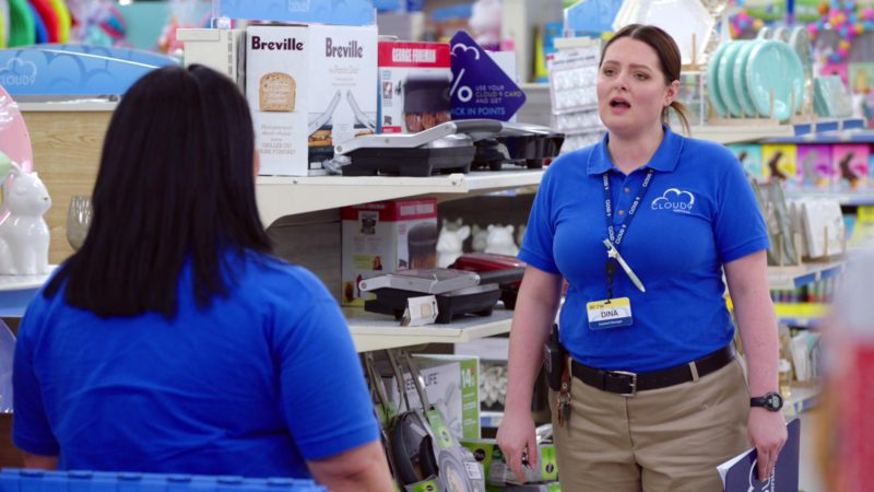 Breville Toaster in Superstore - Season 4, Episode 16, Easter (2019) - TV Show Product Placement