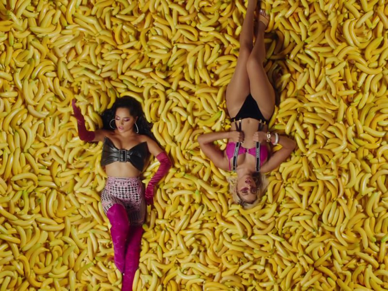 """Chanel Suspenders Worn by Anitta in """"Banana"""" ft. Becky G (2019) - Official Music Video Product Placement"""