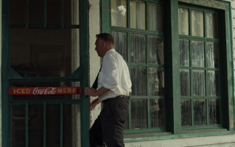 Coca-Cola in The Highwaymen (3)