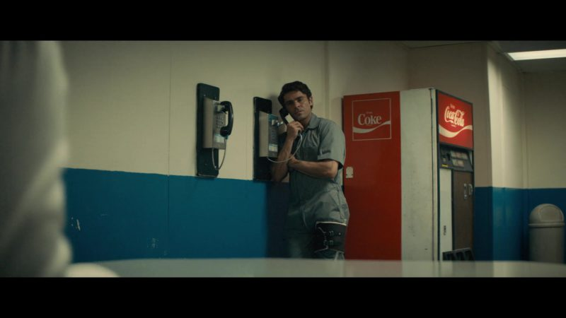 Coke (Coca-Cola) Vending Machine in Extremely Wicked, Shockingly Evil and Vile (2019) - Movie Product Placement