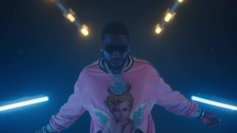 "Dolce & Gabbana Men's Pink ""King's Angel"" Sweatshirt Worn by Gucci Mane in ""Bacc At It Again"" (2019) - Official Music Video Product Placement"