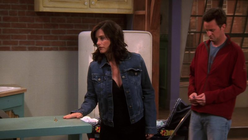 """Fred Perry Red Jacket Worn by Matthew Perry (Chandler Bing) in Friends Season 10 Episode 18 """"The Last One Part 2"""" (2004) - TV Show Product Placement"""
