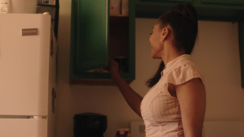 """Frigidaire Refrigerator in The Chi - Season 2, Episode 3, """"Past Due"""" (2019) - TV Show Product Placement"""